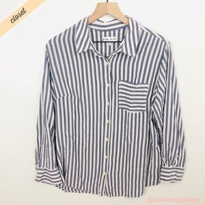 [Ava & Viv] White/Blue Button Front Striped Shirt